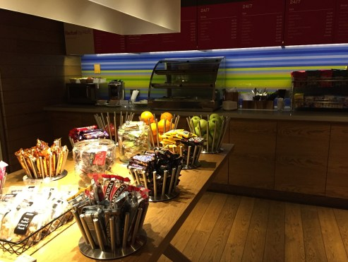 London Aloft Excel Hotel coffee drinks snacks