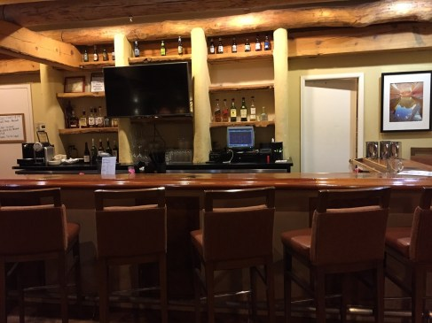 Lobby bar at Courtyard Page Lake Powell