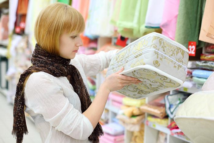 Mattress advertising sells mattresses all year long
