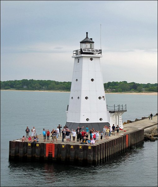 Passing the Ludington North Pierhead Lighthouse