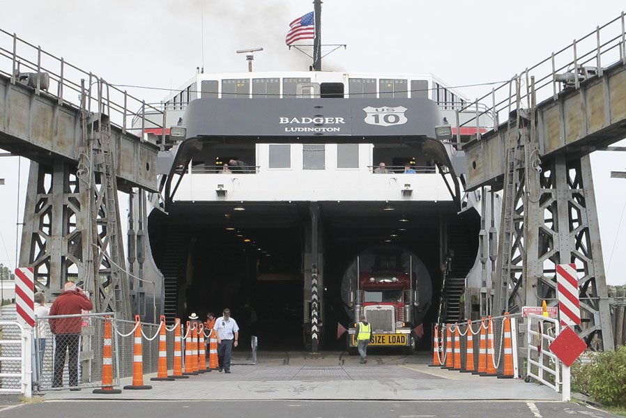 Loading in Manitowoc