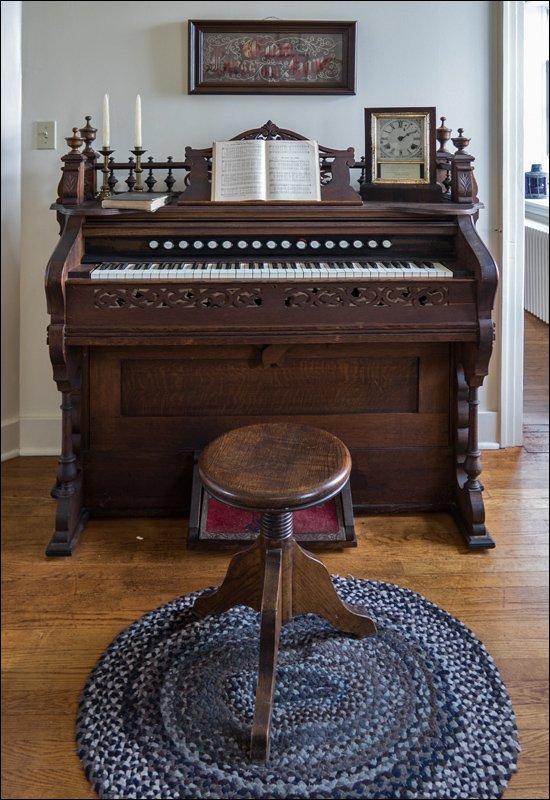 Sand Point Lighthouse - Organ