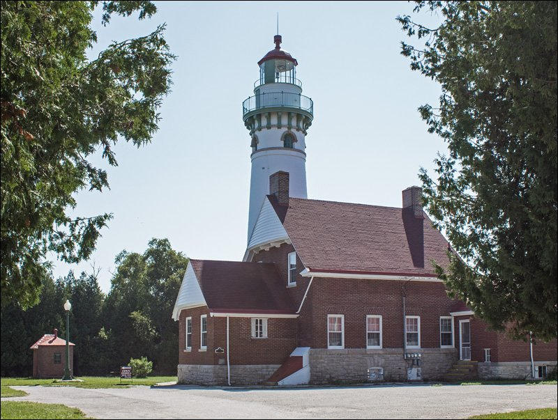 Seul Choix Lighthouse - North View