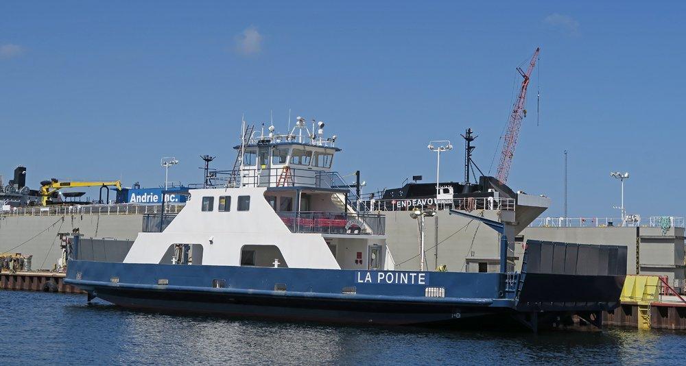 Car ferry La Pointe - serves Madeline Island from Bayfield, WI