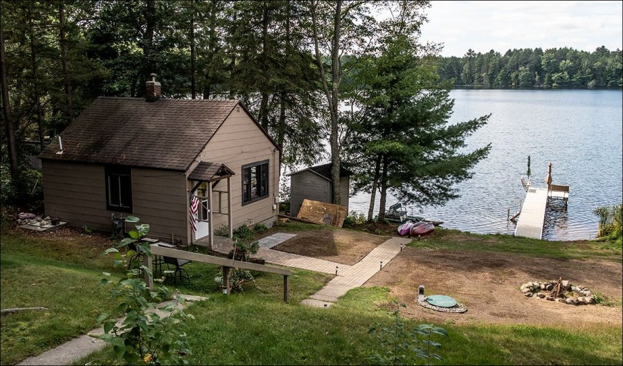 Clear Lake Guest Cottage and Pier