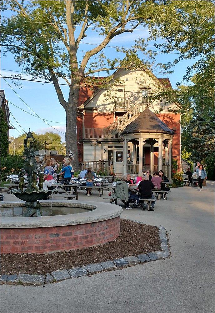 Cedarburg Art Museum Beer Garden