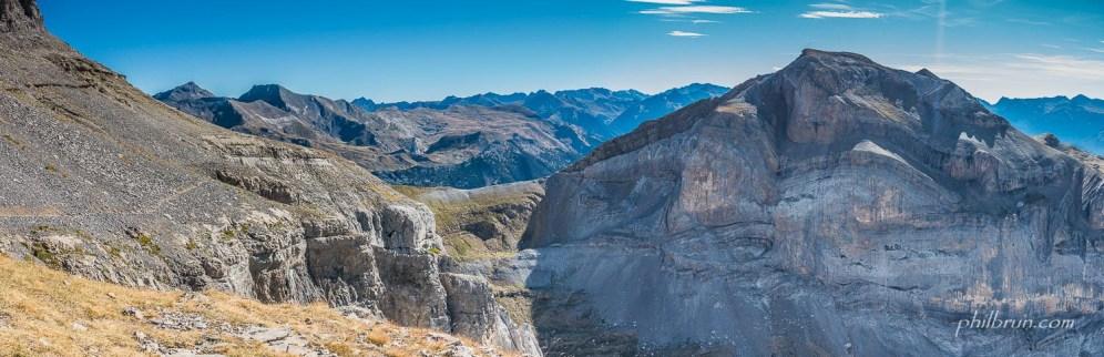 Le col d'Anisclo et les magnifiques falaises de la Suca