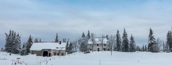 Maisons dans la neige