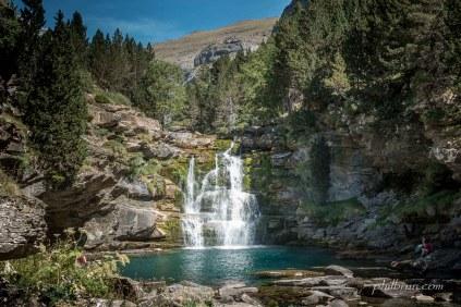 Vasque au fond du canyon d'Ordesa