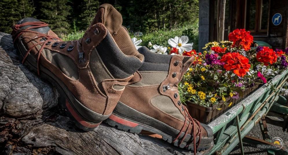 Mes chaussures sèchent après un recollage des semelles ! Cela va-t-il tenir jusqu'à la fin ?