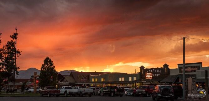 Coucher de soleil au dessus de West Yellowstone