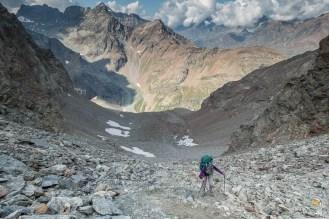la montée au col de Valcorniere