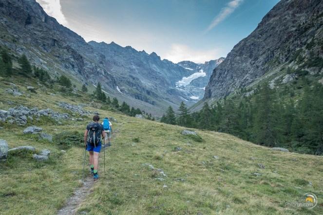 Début de la montée dans la vallée de Chardonney