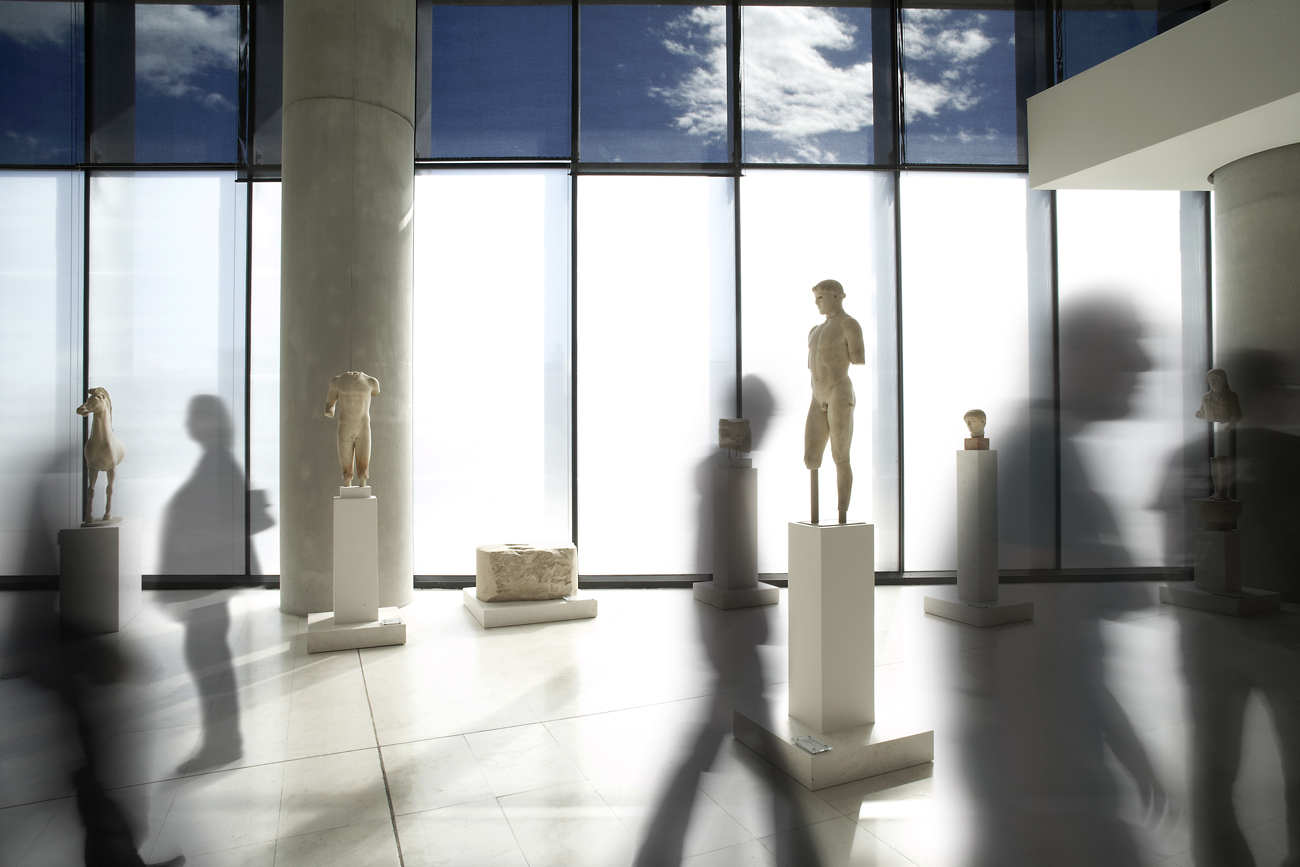 Giorgos Vitsaropoulos: Photographing the Acropolis museum