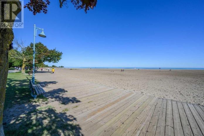 The Beaches Toronto Retire