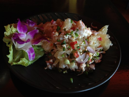 Pomelo with Minced Pork and Dry Shrimp Spicy Salad