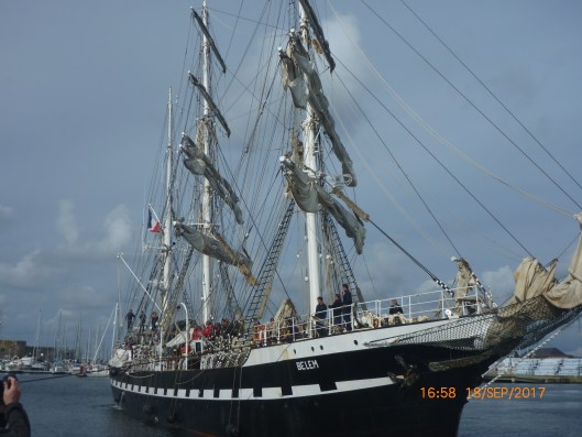 belem-arrives-in-saint-malo_37163997051_o