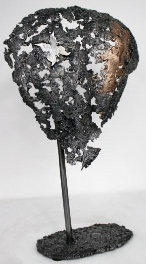 Sculpture de Philippe Buil en dentelle de bronze et d'acier représentant un dos avec un papillon Pavarti Buterfly Hauteur 40 cm 1,6 Kg Piece unique