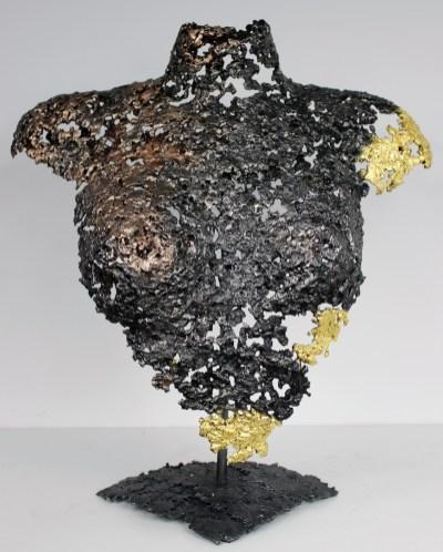 Sculpture de Philippe Buil en metal : dentelle d'acier et de bronze et feuilles d'or 24 carats Buste de Femme Belisama Auziane Piece unique