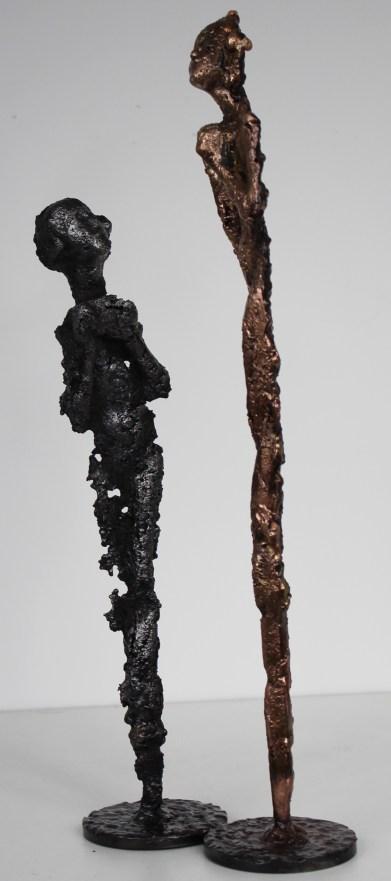 Sculpture de Philippe Buil en metal bronze et acier représentant 2 personnages Muse Contemplation II Piece unique