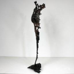 Sculpture représentant une silhouette de femme en métal : dentelle de Bronze, d'acier Pavarti Elle Pièce unique