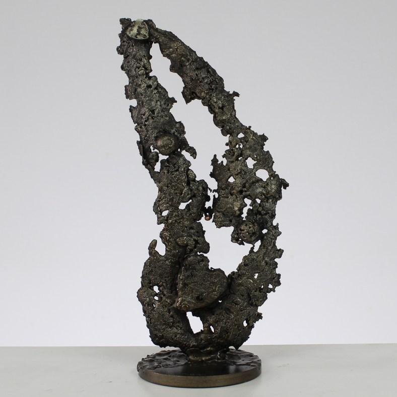 Au coeur des feuilles - Sculpture métal coeur et feuille en aci