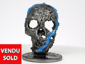 Crane CLXX - Sculpture tete de mort acier pigment bleu - Crane CLXX - Blue pigment steel skull sculpture philippe BUIL