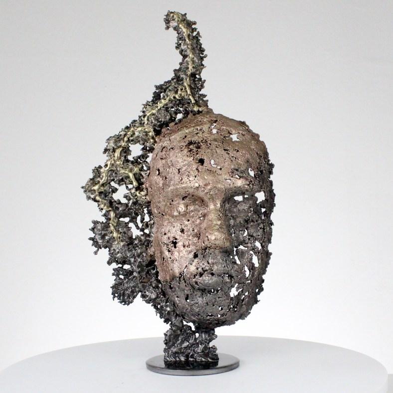 une larme sculpture visage metal acier bronze laiton a tear face sculpture metal steel bronze brass philippe BUIL