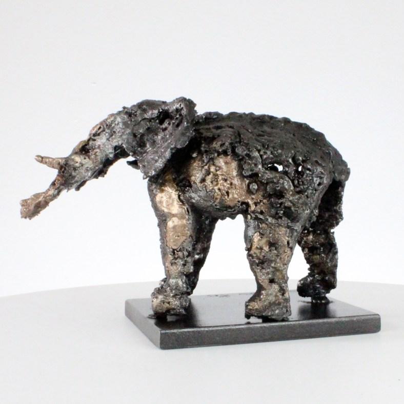 Buffon Elephant  - Sculpture Philippe Buil - Elephant en metal : dentelle Bronze Acier Elephant in drops of Steel bronze