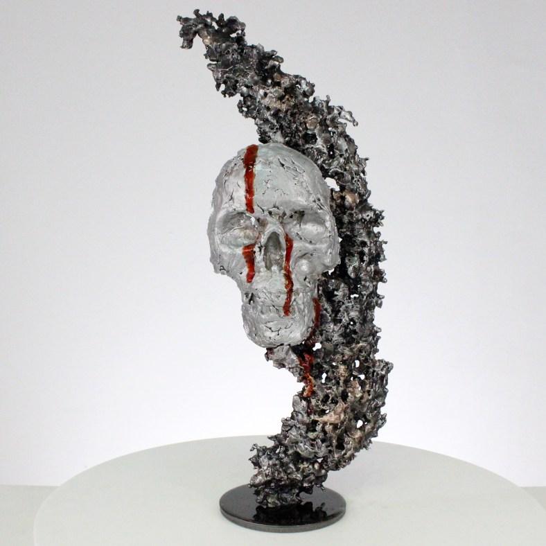 Vanité 89-21- Sculpture crane métal Acier métal bronze aluminium pigment sang- metal skull sculpture Steel blood- Philippe Buil