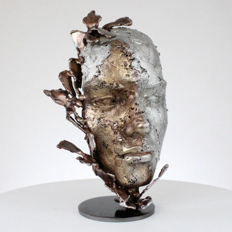 une larme 90-21- Sculpture tête métal Acier bronze aluminium - Sculpture head metal Steel bronze aluminum - Philippe Buil