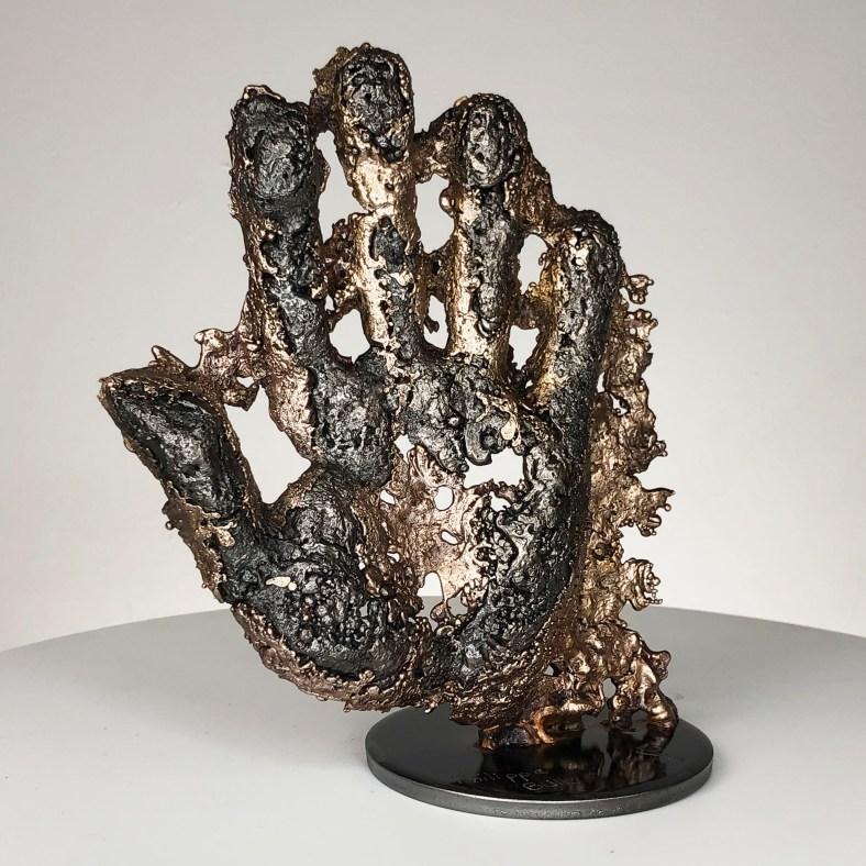 Une main - Sculpture corps homme métal dentelle acier bronze  - a hand man metal artwork - lace steel bronze - Buil