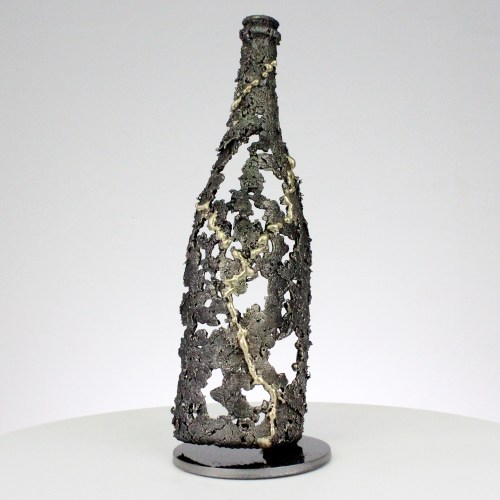 BOUTEILLE CHAMPAGNE- Sculpture bouteille en dentelle métal et laiton - BOTTLE CHAMPAGNE- Sculpture bottle in lace metal and brass -