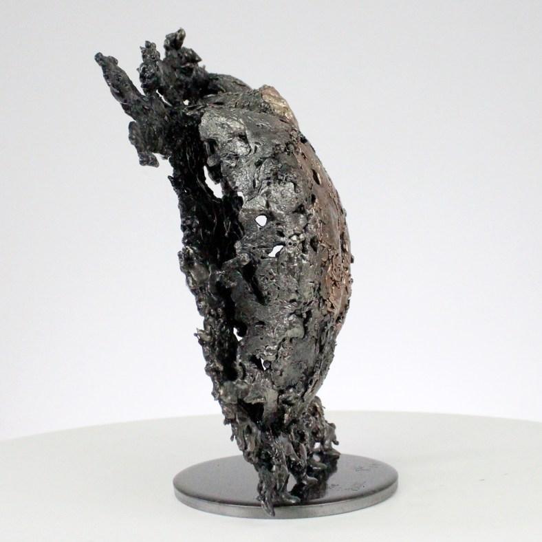 la montagne yogi Sculpture corps homme dentelle métal et bronze the mountain yogi body man lace metal steel philippe BUIL