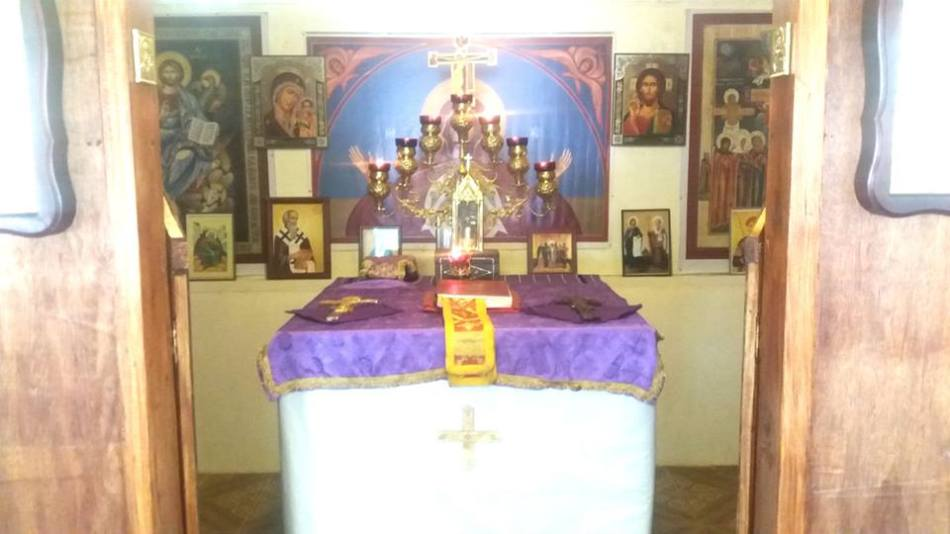 Church decorated for Lent