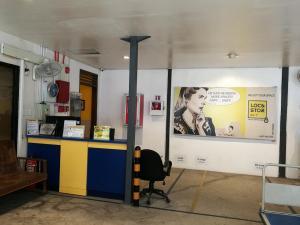 LocnStor reception area