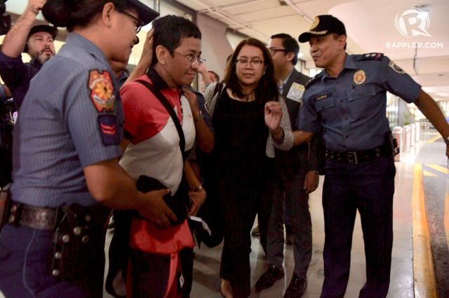 Breaking: Rappler's Maria Reesa arrested anew