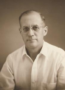 Clinton Floren Carlson, Manila, 1956