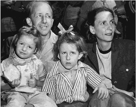 marsh-family-1945