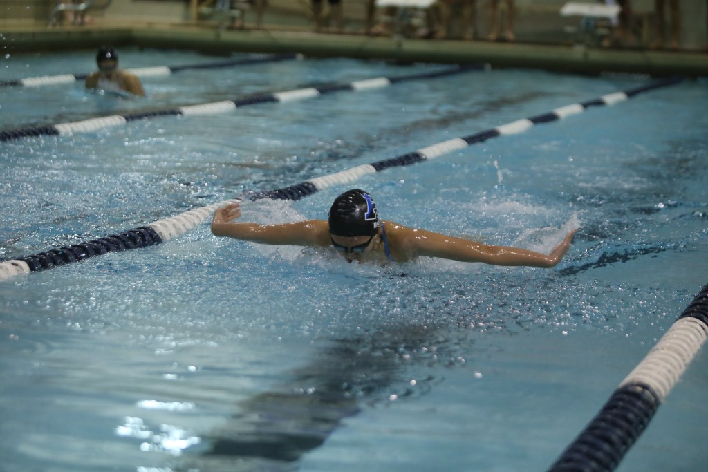 Girls Swimming Co-Captain Gwyneth Wei '17