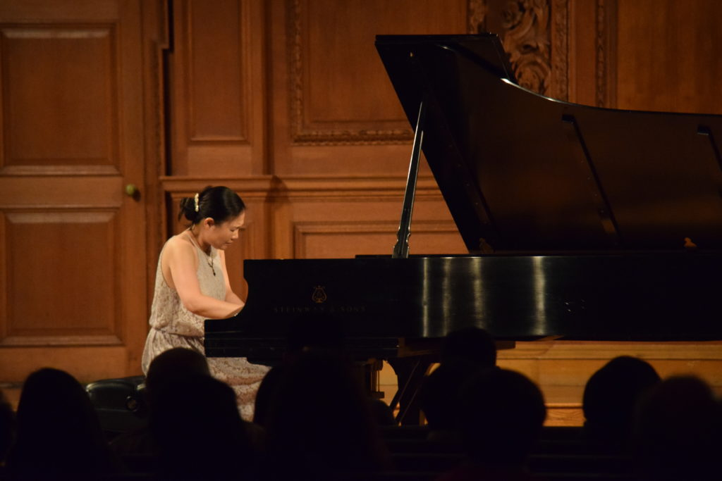 Mana Tokuno has worked as an instructor at the New England Conservatory Preparatory School in Boston since 2008.