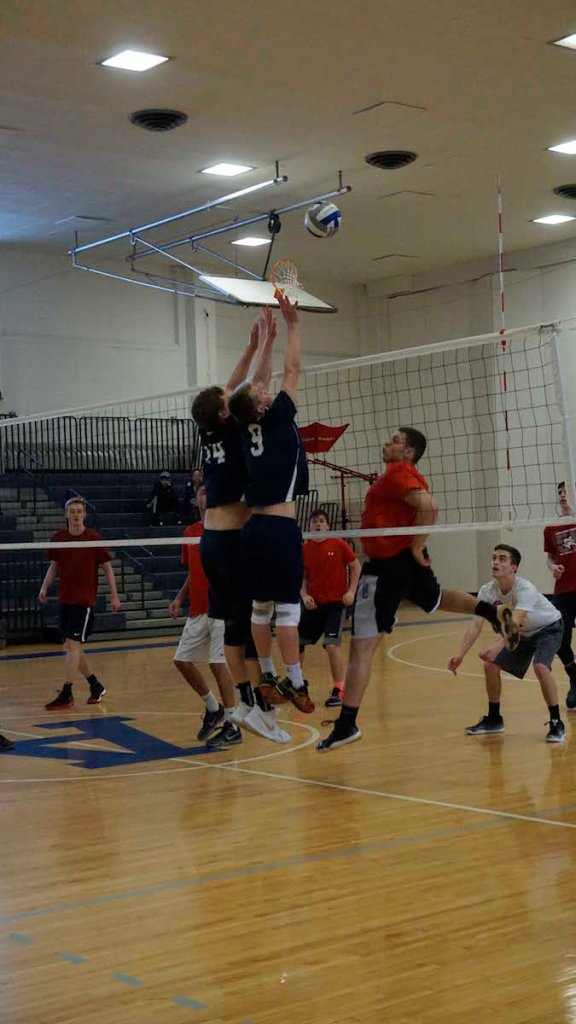 Andover Boys Volleyball Edges Out NMH in Five Sets