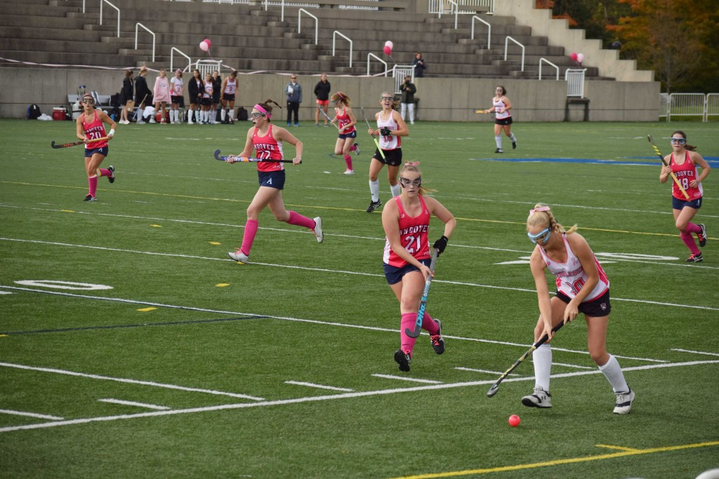 Field Hockey Continues Undefeated Season With Shutouts Against St. Paul's and Middlesex