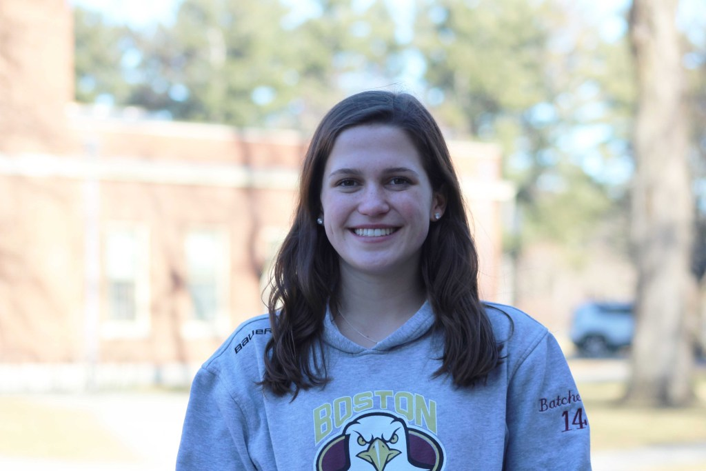 "Captain Feature: Girls Hockey Co-Captain Emily Batchelor '19 Leads with ""Bubbly"" Attitude"