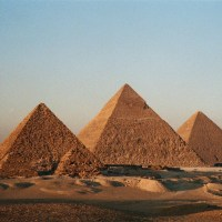 Five pictures of ancient Egypt