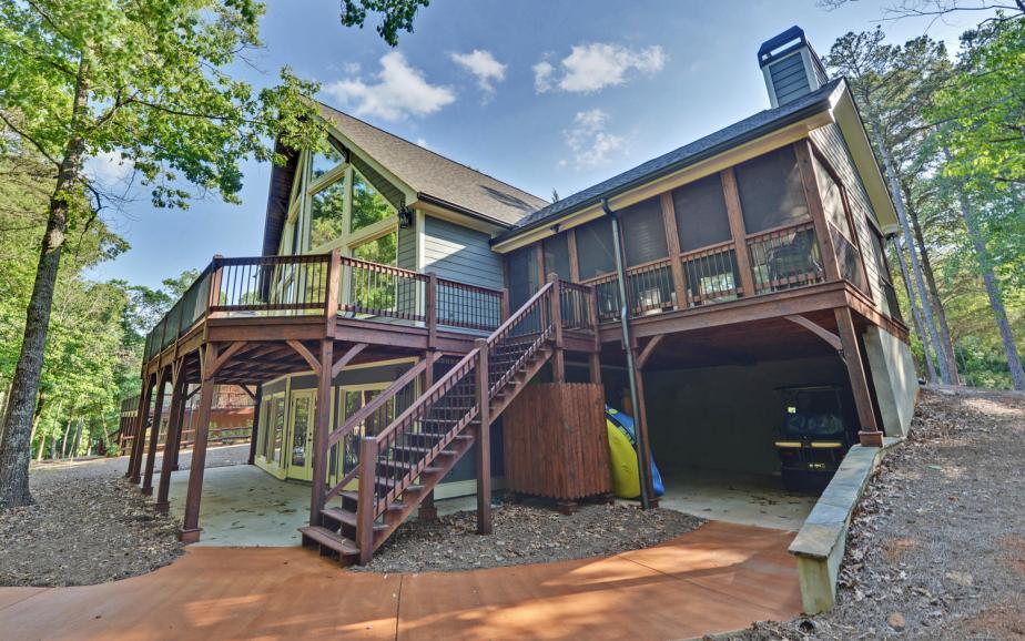 SIMONDS HOUSE-large-038-14-Exterior Rear-1500x938-72dpi