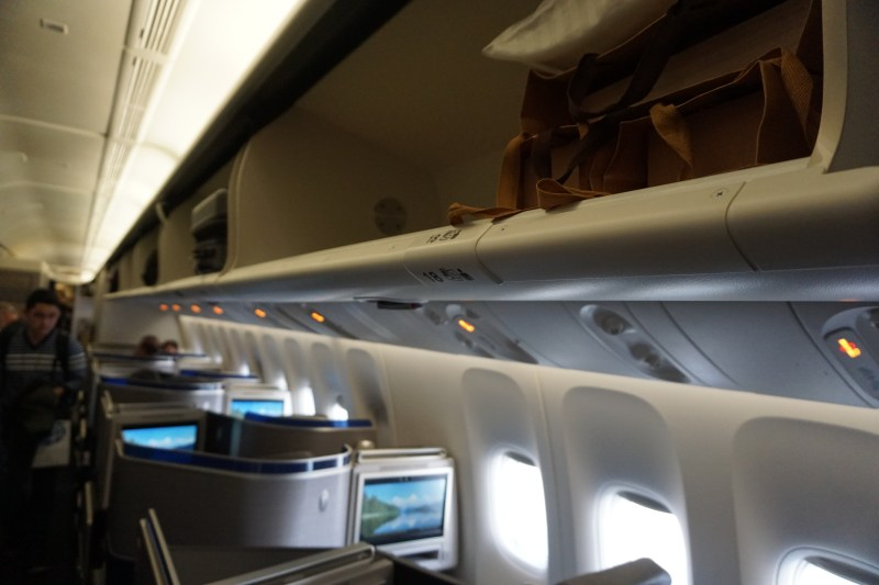United Airlines 777-300 Business Class