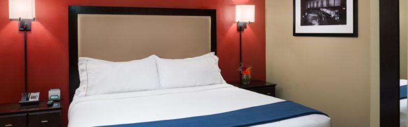 Holiday Inn Express TD Garden King Room