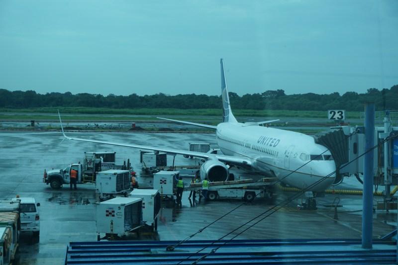 United Airlines 737-800 Economy Plus