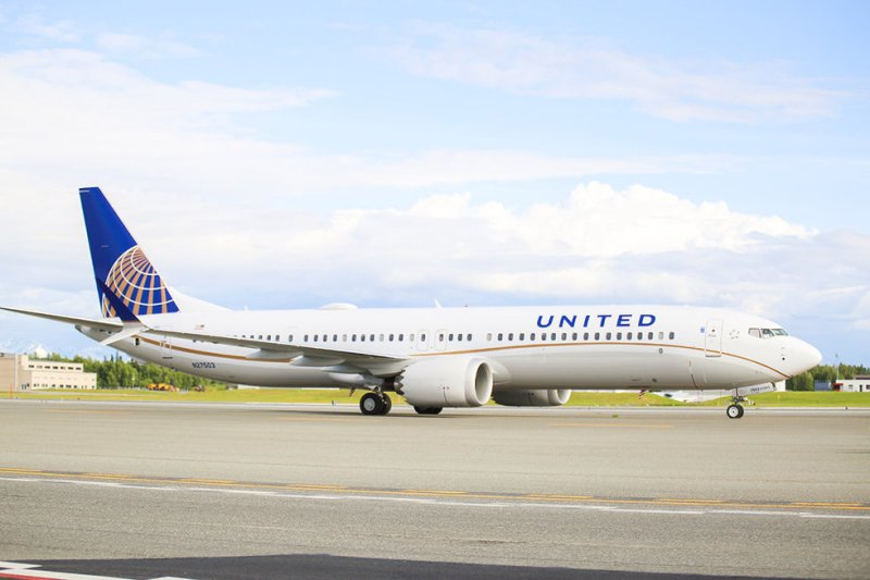 United Airlines 737 MAX